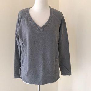 LULULEMON size 8 grey high low Sweatshirt
